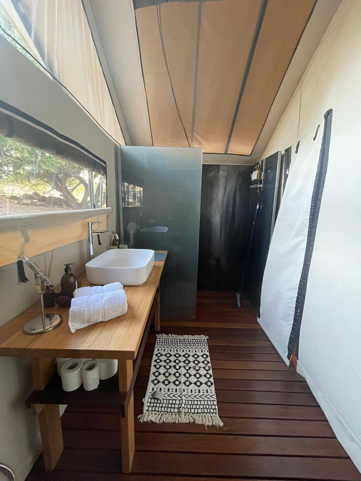 Tent Bathrooms